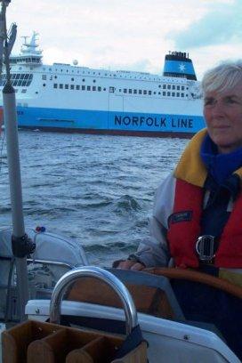 Bij Gravelines loopt ons een ferry achterop
