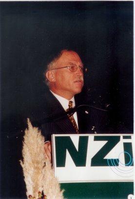 Op 1 oktober 1999 werd ik directeur van het NZi, dat drie maanden later met de SIG fuseerde tot Prismant