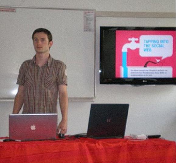 Mijn oudste zoon Rommert gistermiddag tijdens de presentatie van zijn afstudeerproject aan de Hogeschool voor de Kunsten in Utrecht