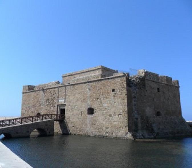 Het kasteel aan de haven in Paphos. De kern is Frankisch, dus uit de tijd van de kruistochten.