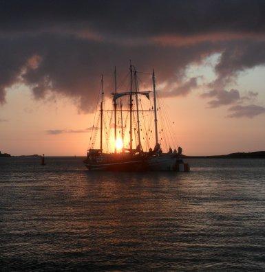 L'Aber Wrac'h. Zonsondergang boven zee, gisteravond