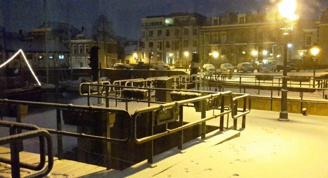 Sneeuw in de nacht gekomen....
