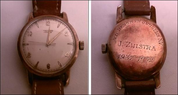 Het oude horloge van mijn vader. Het is 65 jaar oud en loopt nog altijd goed.