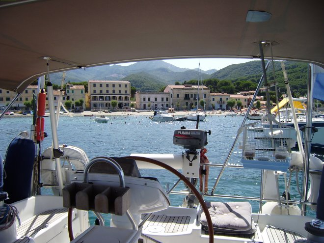 Geankerd in Marciana Marina