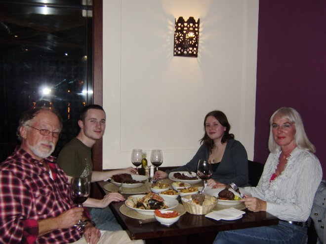 Afscheidsdiner van Rommert en Esther in Restaurant Guzé achter het havenkantoor