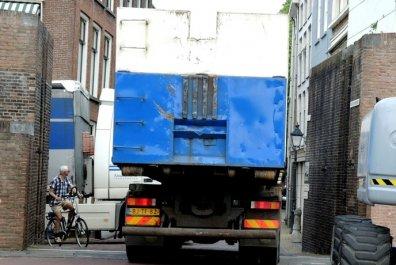 klussen voor natura neuken in de vrachtwagen
